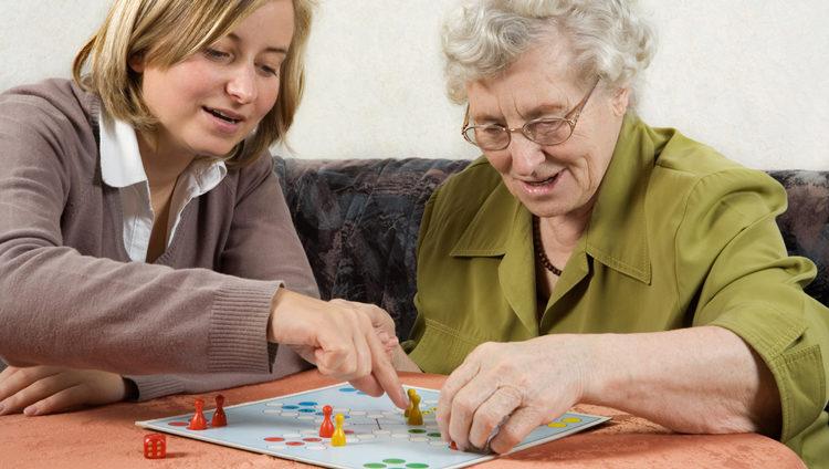 Ensemble contre l'isolement des personnes âgées
